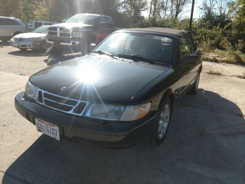 SAAB 900 1995 price $998