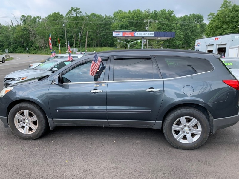 CHEVROLET TRAVERSE 2010 price $8,500