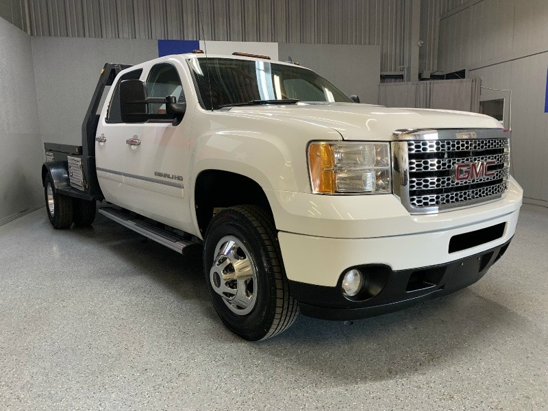 GMC Sierra 3500HD 2011 price $30,995