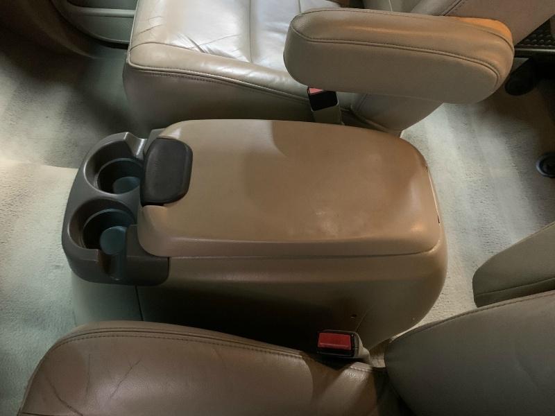 Ford Super Duty F-250 2006 price $17,995