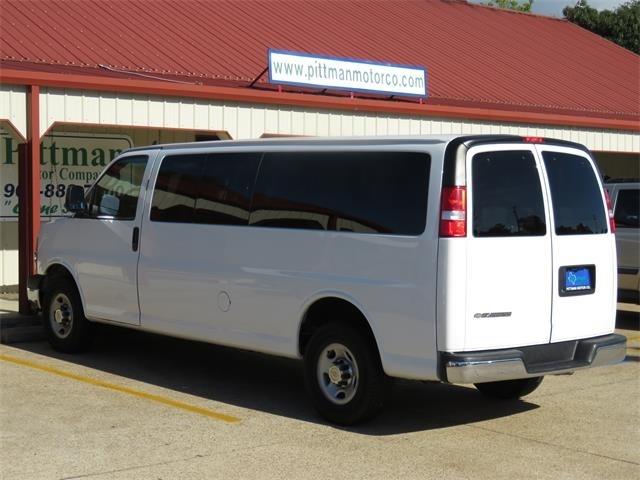 Chevrolet Express 3500 2016 price $19,995