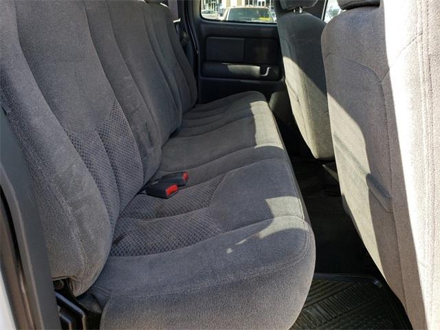 Chevrolet Silverado 2500HD 2004 price $13,995