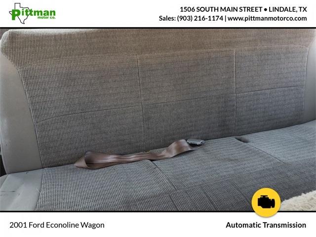 Ford E-350SD 2001 price $6,739