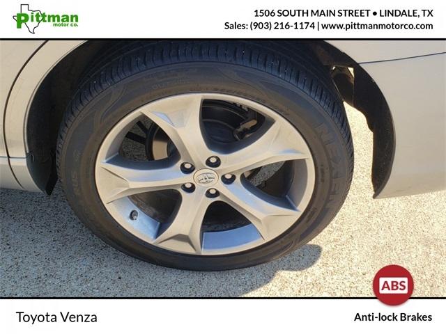 Toyota Venza 2015 price $15,715