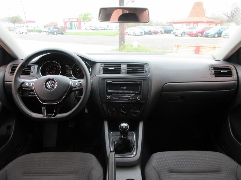 Volkswagen Jetta Sedan 2015 price $7,997