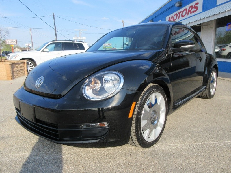 Volkswagen Beetle Coupe 2014 price $9,297