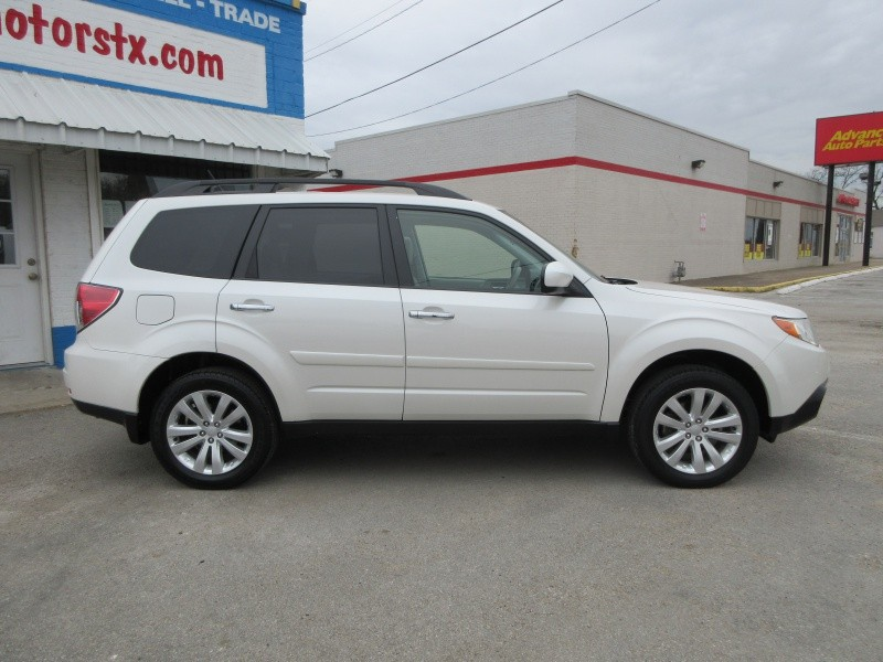 Subaru Forester 2012 price $11,297