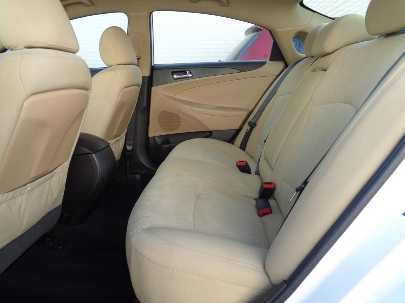 Hyundai Sonata 2013 price $8,597