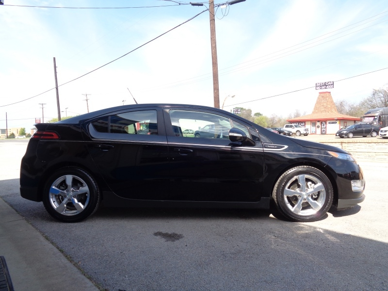 Chevrolet Volt 2013 price $9,497