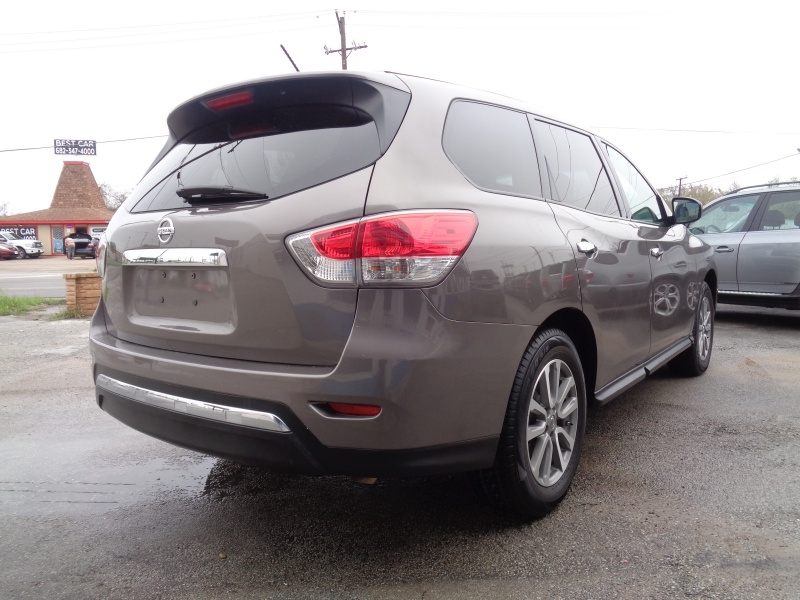 Nissan Pathfinder 2014 price $12,797