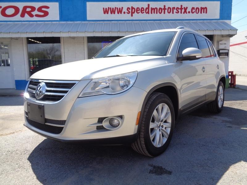 Volkswagen Tiguan 2009 price $6,497