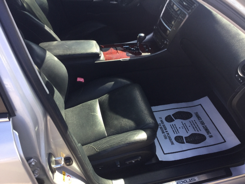 Lexus IS 250 2006 price $7,999