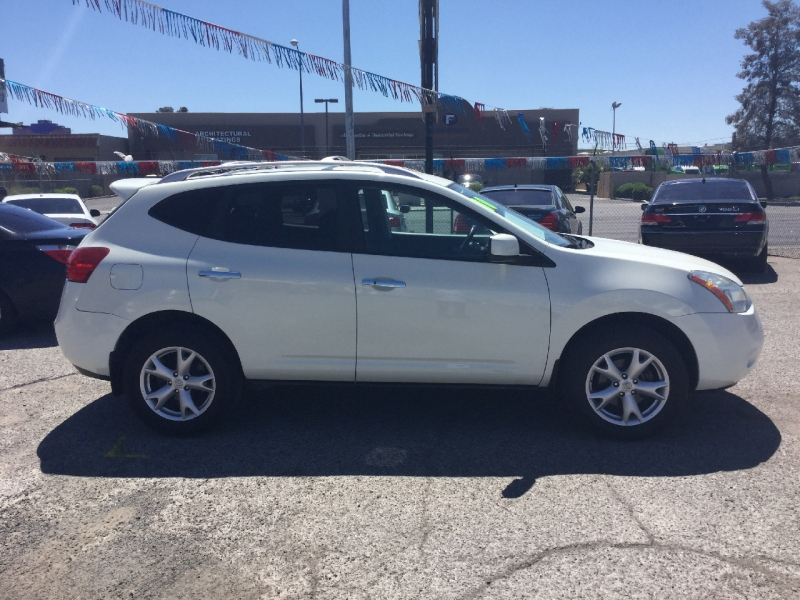 Nissan Rogue 2010 price $7,500