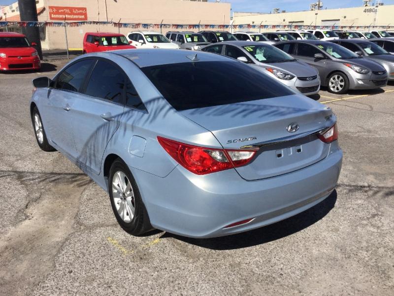 Hyundai Sonata 2012 price $7,399