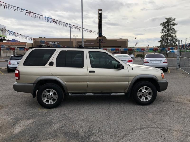 Nissan Pathfinder 2001 price $3,295
