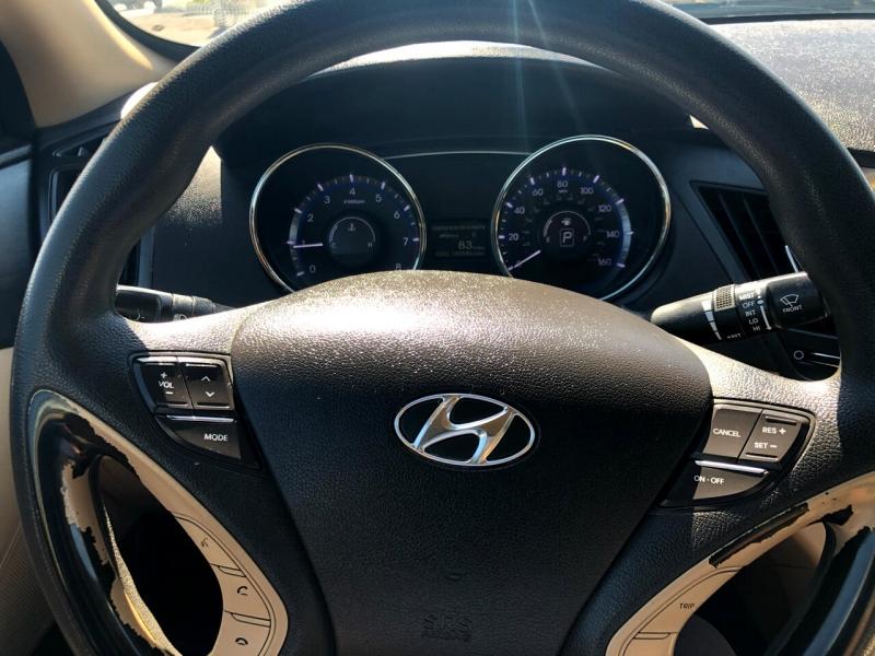 Hyundai Sonata 2012 price $8,195