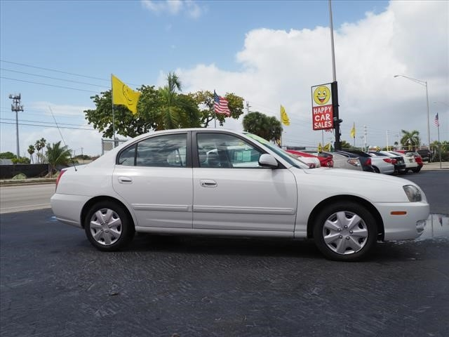 Hyundai Elantra 2006 price $2,500