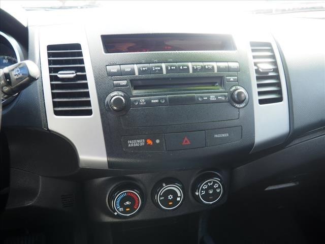 Mitsubishi Outlander 2010 price $5,992