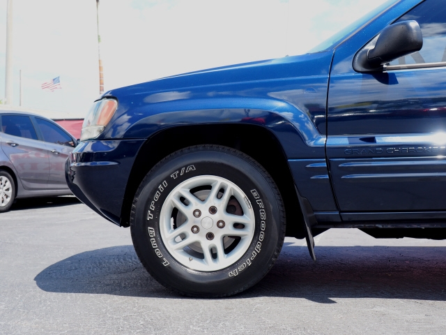 Jeep Grand Cherokee 2004 price $3,500