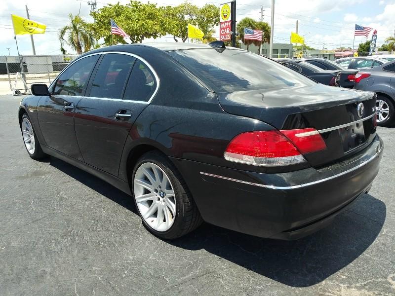 BMW 7-Series 2006 price $2,995