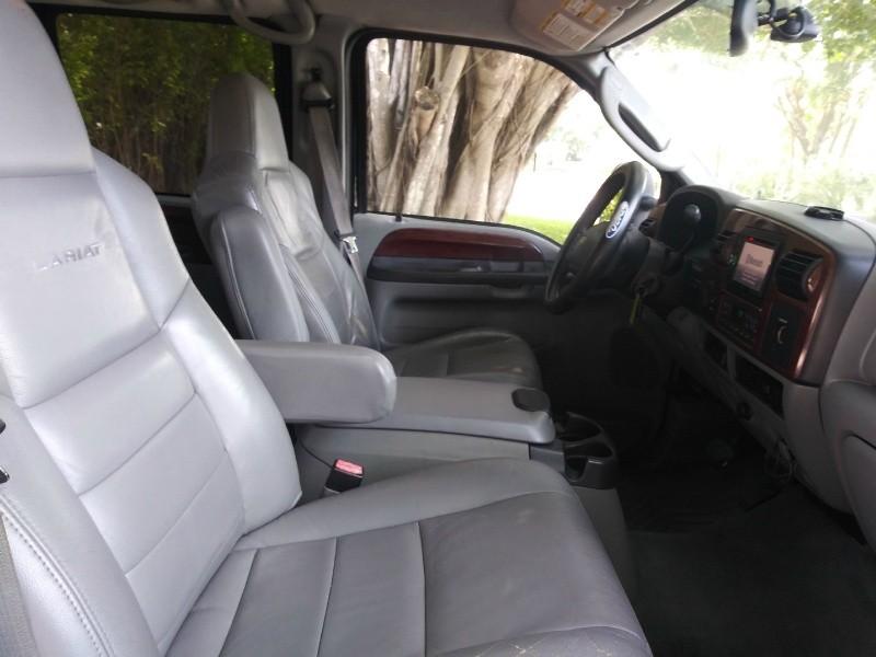Ford Super Duty F-250 2005 price $14,900