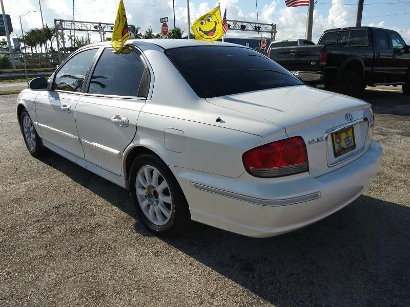 Hyundai Sonata 2002 price $1,200