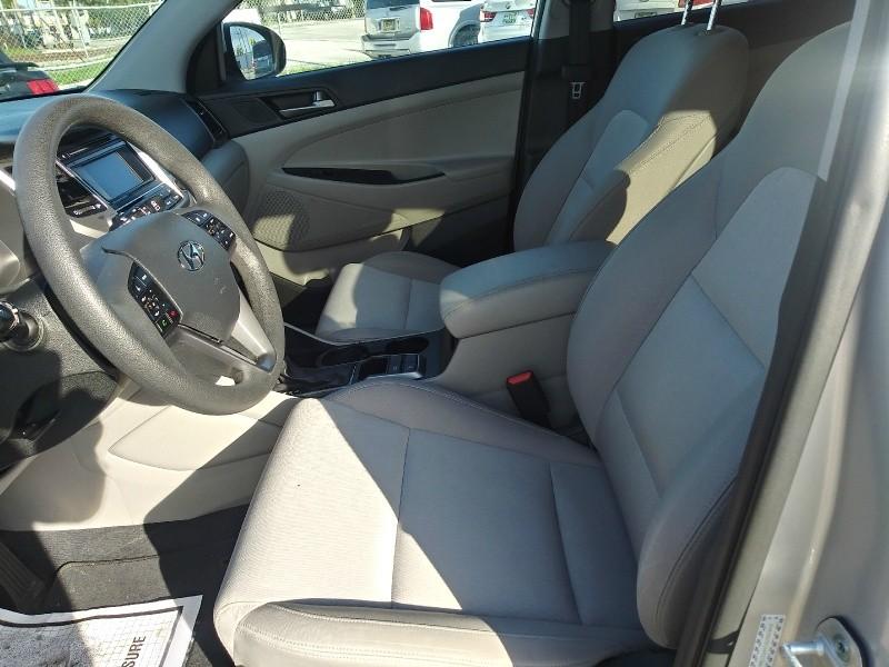 Hyundai Tucson 2016 price $11,500