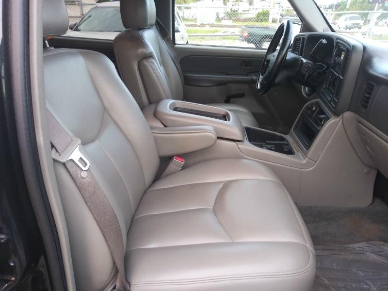 GMC Yukon XL 2003 price $3,995