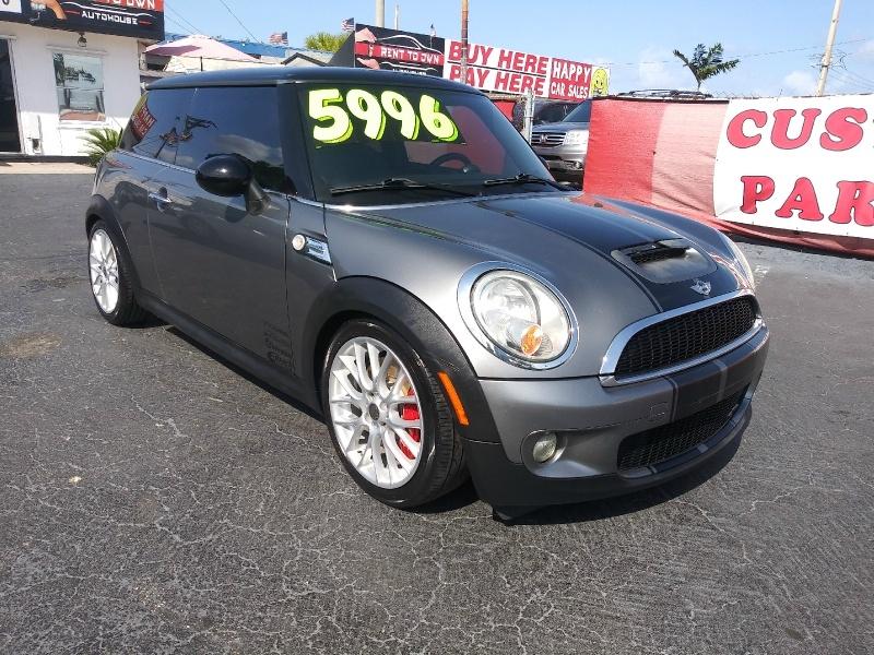 Mini Cooper Hardtop 2009 price $5,995