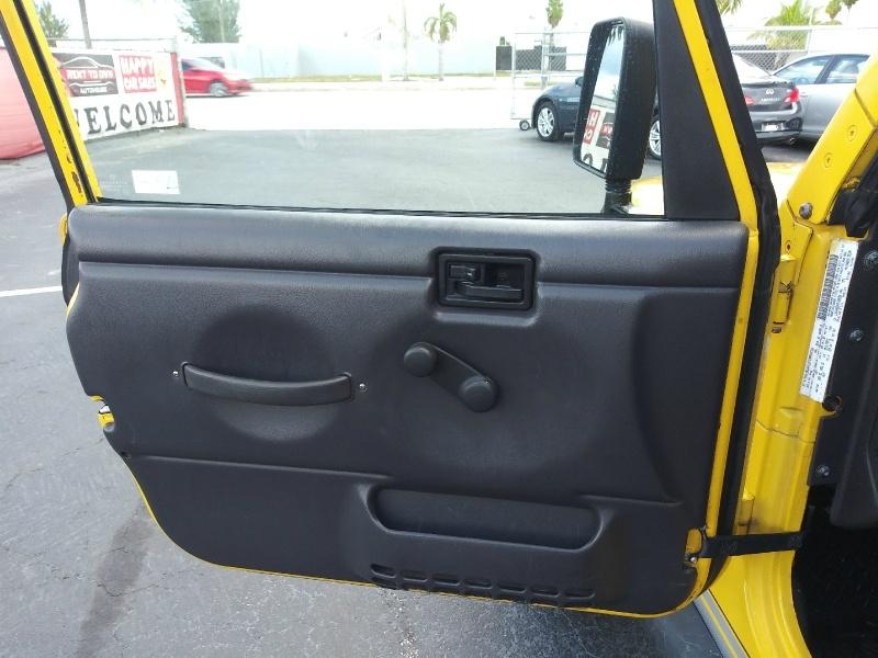 Jeep Wrangler 2000 price $6,997