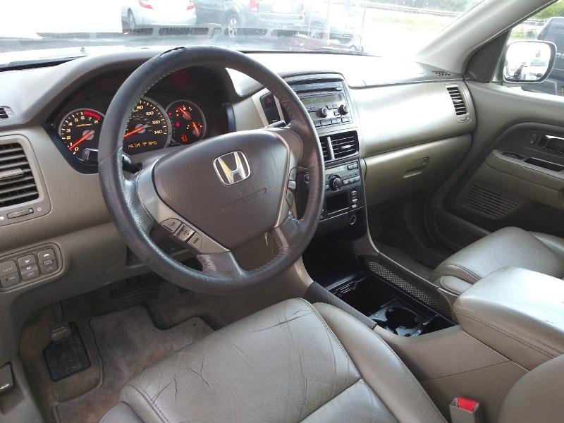 Honda Pilot 2006 price $3,995