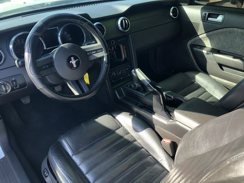 Ford Mustang 2009 price $8,995