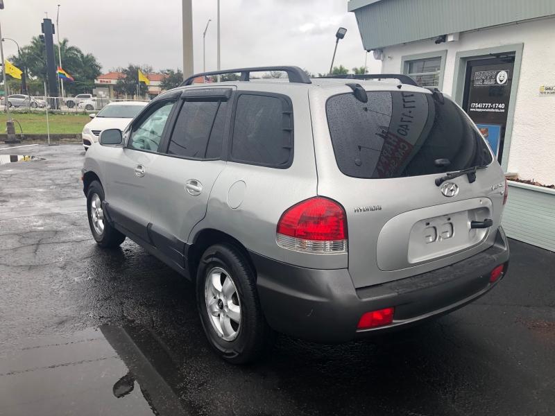 Hyundai Santa Fe 2006 price $2,995