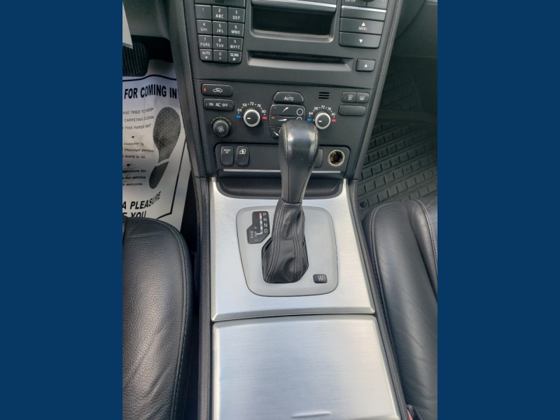 Volvo XC90 2013 price $6,995