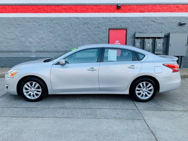 Nissan Altima 2014 price $11,900