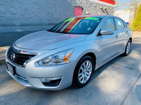 Nissan Altima 2015 price $12,900