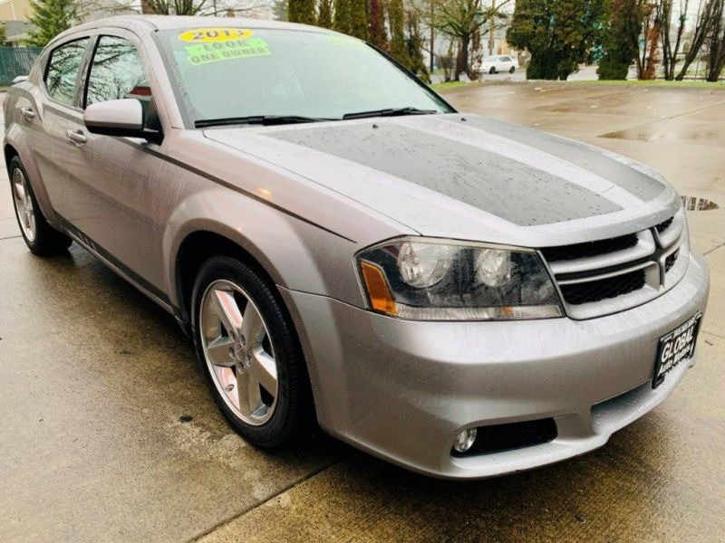 Dodge Avenger 2013 price $10,900