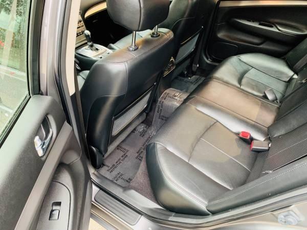Infiniti G37 Sedan 2013 price $16,800