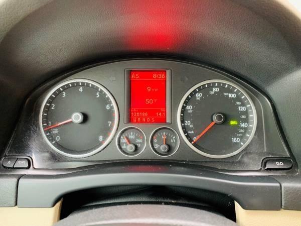 Volkswagen Tiguan 2009 price $7,800