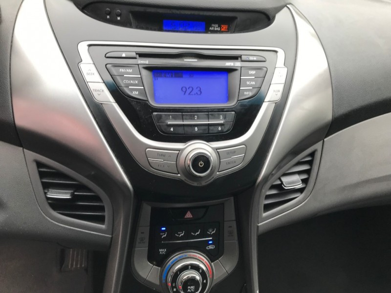 Hyundai Elantra 2013 price $6,995 Cash