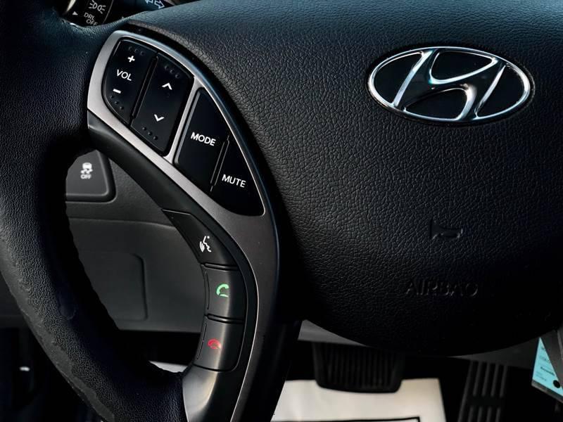 Hyundai Elantra 2013 price $7,490