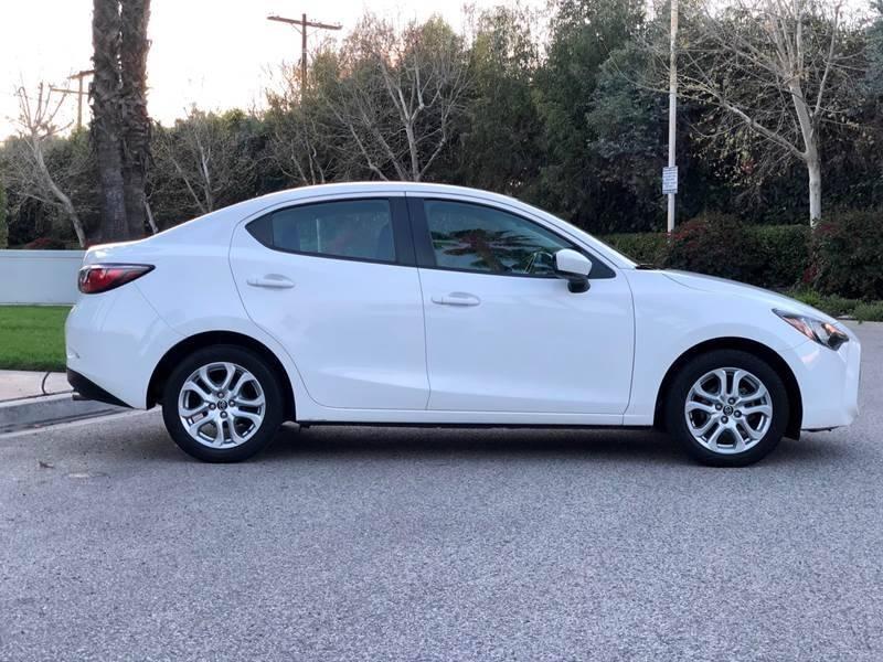 Toyota Yaris iA 2017 price $8,990