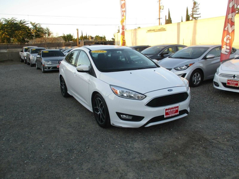 Ford Focus 2016 price $8,499