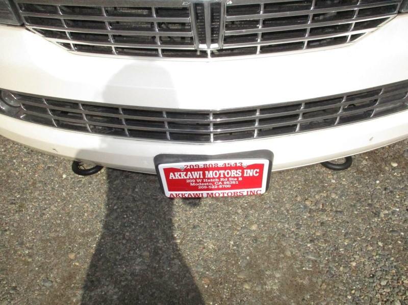 Lincoln Navigator L 2007 price $9,999