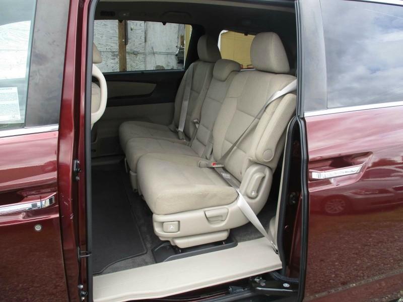 Honda Odyssey 2016 price $20,999