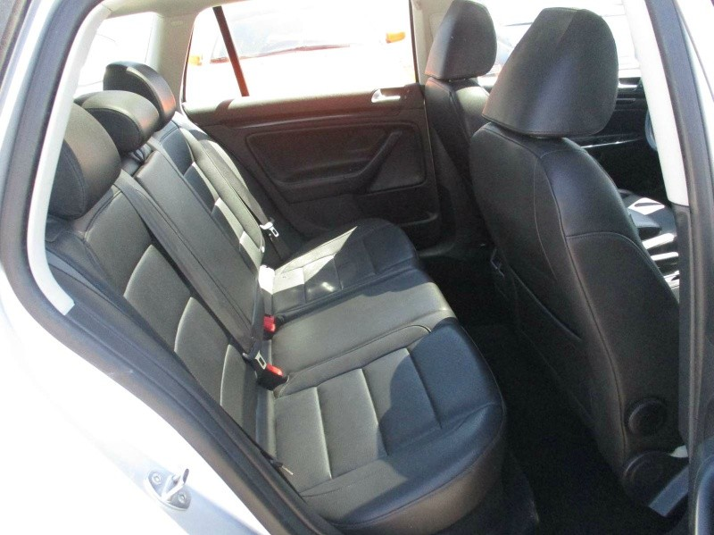 Volkswagen Jetta SportWagen 2011 price $8,999