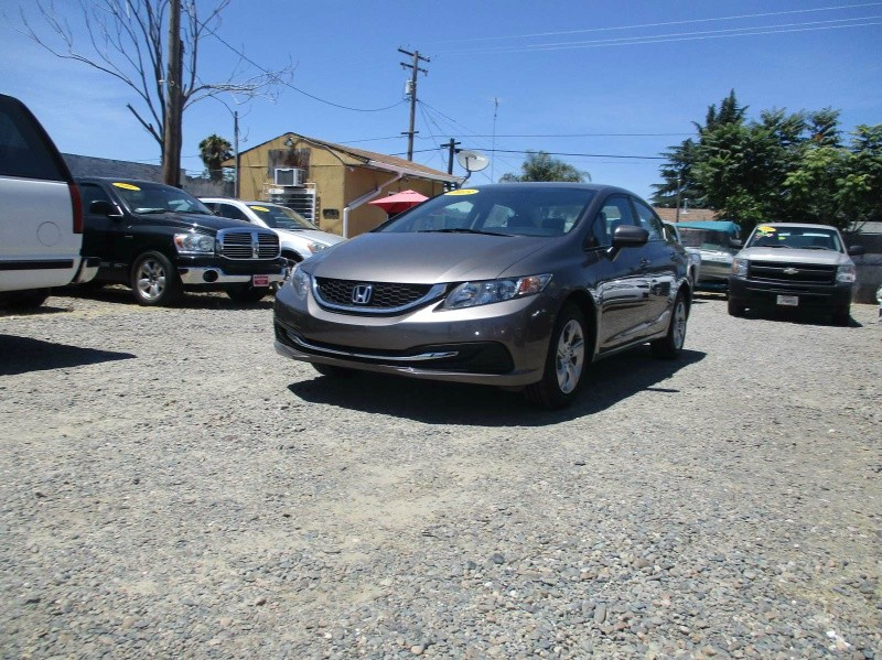 Honda Civic Sedan 2015 price $13,999