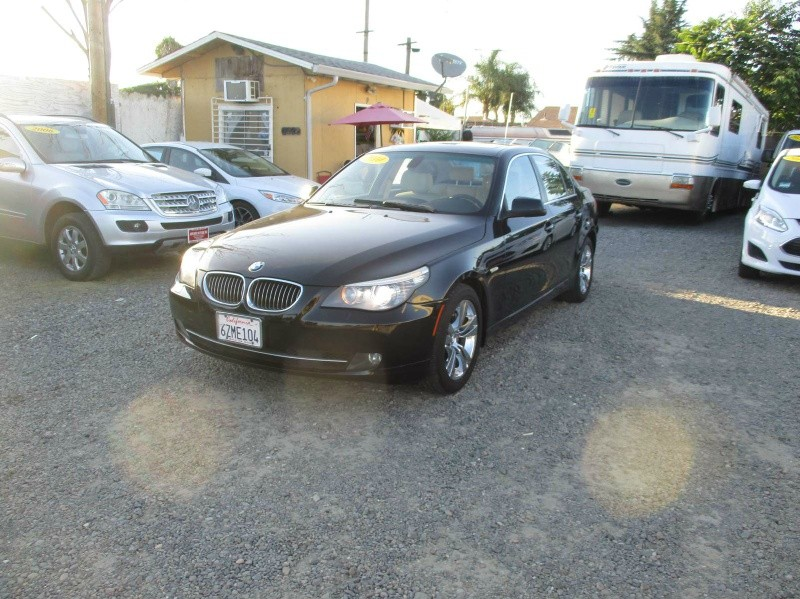 BMW 5-Series 2010 price $9,999