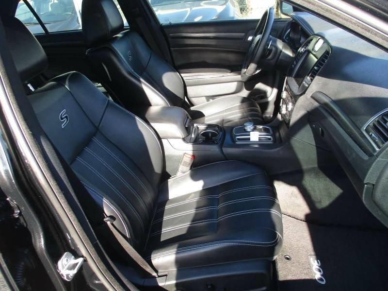 Chrysler 300 2015 price $20,999