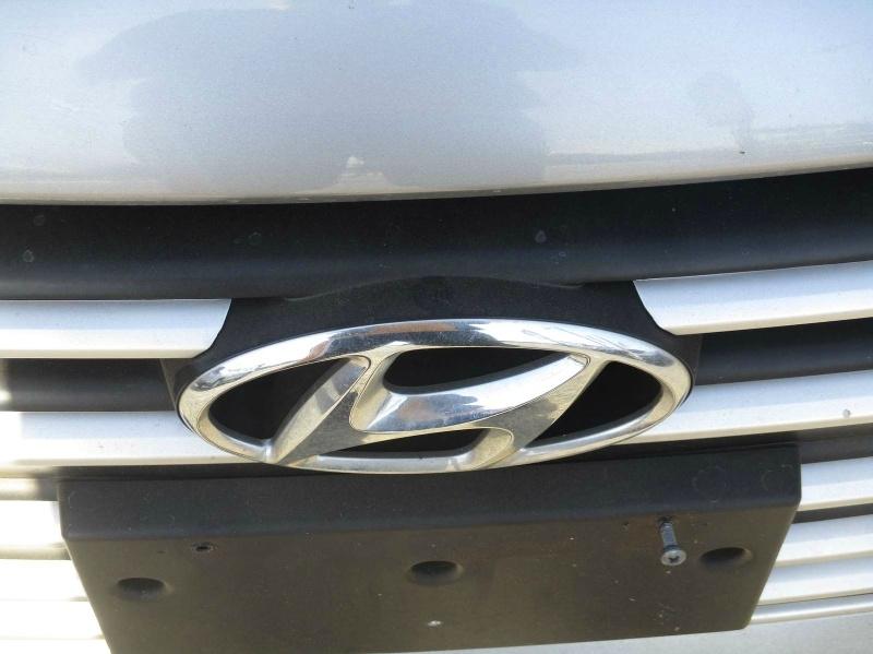 Hyundai Elantra 2017 price $12,999